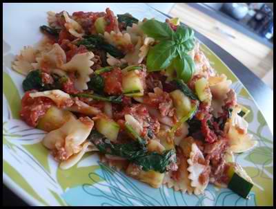 patesauthonetauxlegumescrea Pâtes au thon et aux légumes