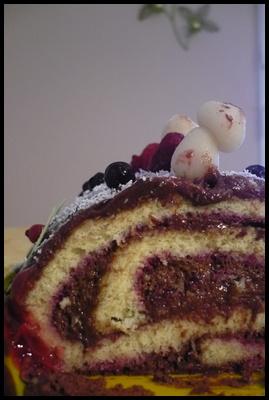 buchechocofruitsrougescrea2 copie 1 Bûche au chocolat et fruits rouges