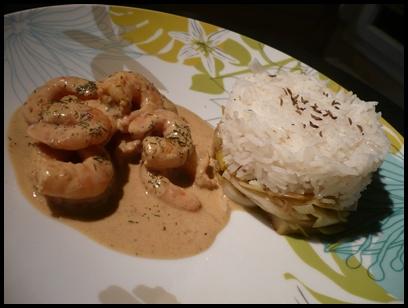 currycrevettesrizsurpoireauxcrea1 Curry de crevettes et riz basmati sur lit de poireaux