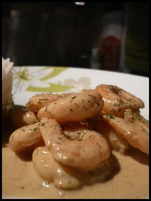 currycrevettesrizsurpoireauxcrea2 Curry de crevettes et riz basmati sur lit de poireaux