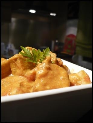 currypoulettomatecrea1 Curry de poulet à la tomate