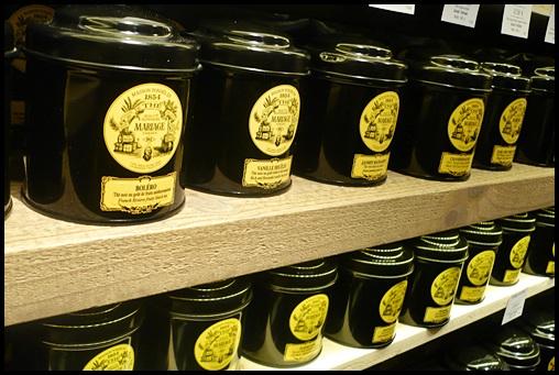 P1110151modif Boutique Lathéral à Strasbourg et chocolats Michel Cluizel