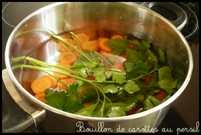 bouilloncarottespersilcrea1 Bouillon de carottes au persil (dès 4 mois)