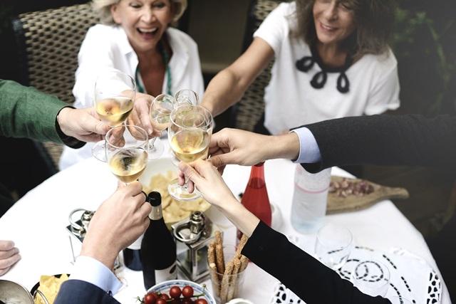Marie Claudes dinner Friends Savourez un repas chez lhabitant partout dans le monde avec VizEat !