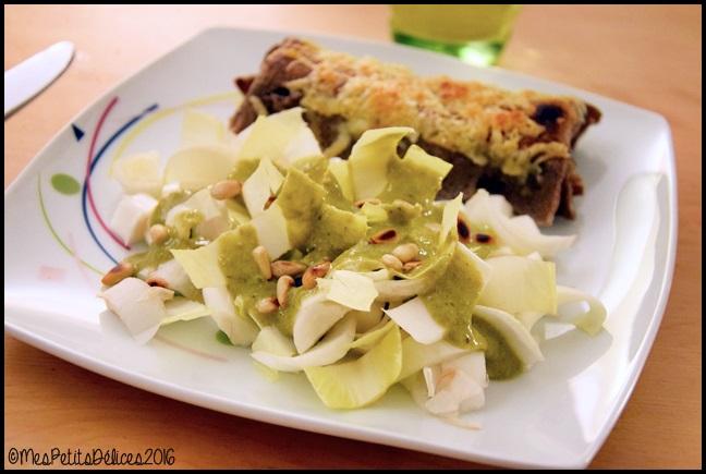 salade endives pignons pesto 1C Salade dendives et pignons grillés, sauce au pesto façon Jamie Oliver