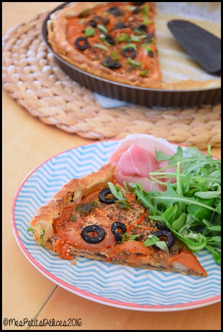tarte tomate olives noires basilic 7C Tarte à la tomate, aux olives noires et au basilic