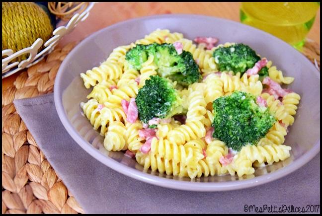pâtes brocolis lardons 2C Fusillis au brocolis et lardons