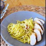 linguines au pesto d'asperges et poulet grillé aux épices douces 1C