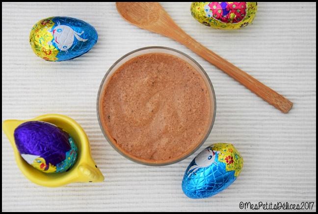 mousse au chocolat praliné 1C Mousse au chocolat praliné post Pâques