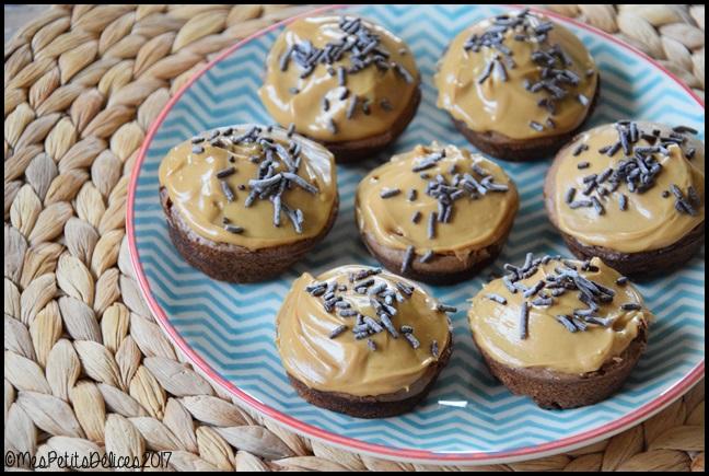 minis fondants chocolat nappage dulcey 2C Minis fondants au chocolat, nappage Dulcey