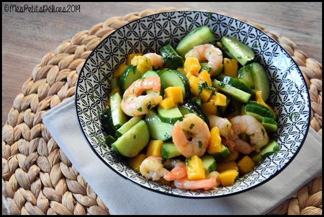 salade concombre crevette mangue thaïe 2C Salade concombre/crevette/mangue et vinaigrette thaï