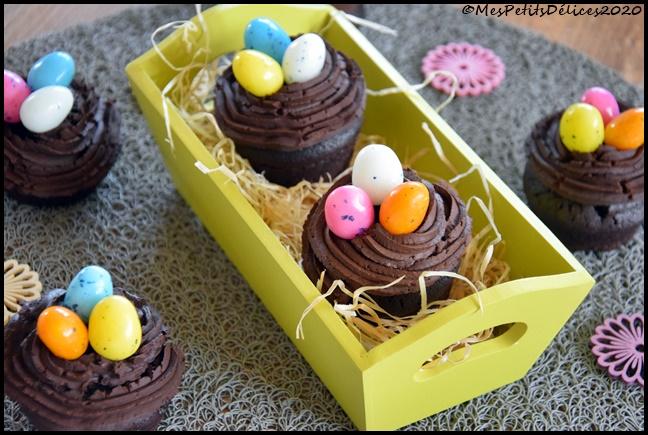 cupcakes chocolat nids de pâques 2C Cupcakes nids de Pâques tout chocolat
