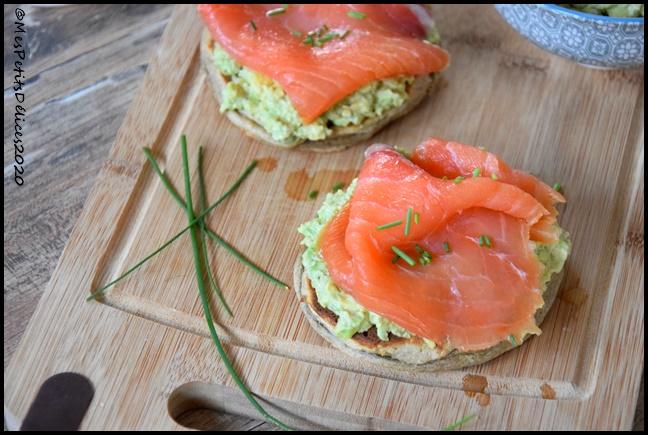 avocado toast pancake 2C Avocado toast au saumon fumé