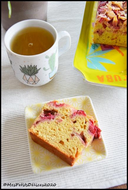 cake fondant fraises amandes 4C Cake aux fraises & aux amandes