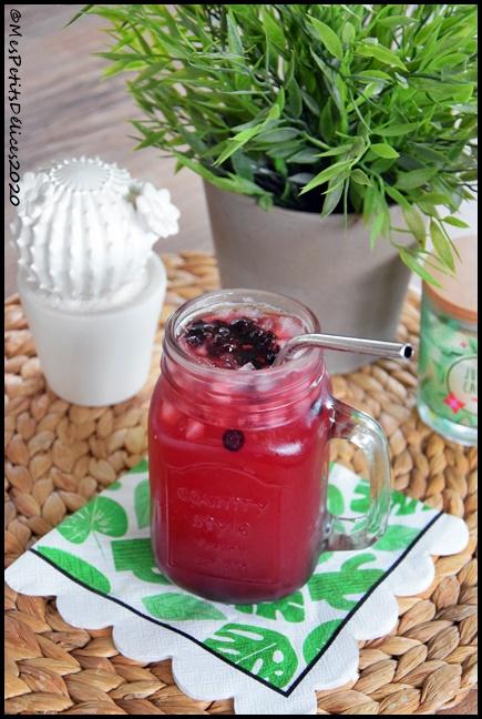 cocktail fruits rouges 1C Cocktail aux fruits rouges