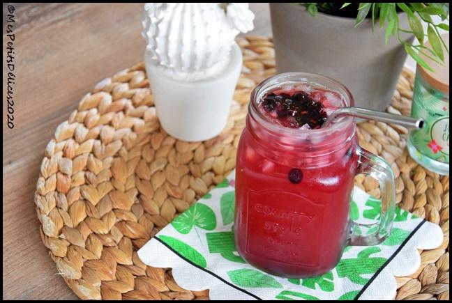 cocktail fruits rouges 2C Cocktail aux fruits rouges