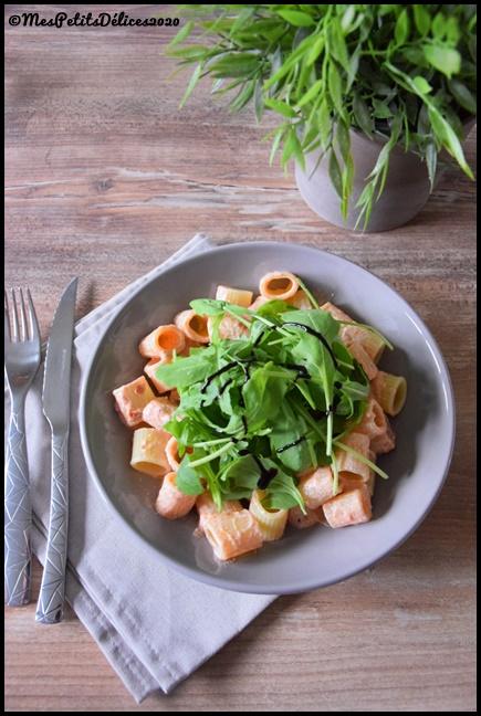 pâtes ricotta tomates séchées 1C Rigatoni à la ricotta et tomates séchées