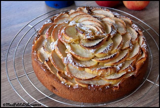 gâteau pommes mascarpone 2C Gâteau moelleux aux pommes et mascarpone