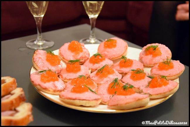 blinis tarama 2C {Noël} Blinis au tarama et oeufs de truite